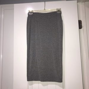F21 Bodycon fitted cotton skirt. Fits to calf.